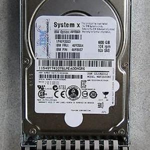Disco duro IBM 90Y8872, 90Y8873  90Y8876  600GB, SAS 6.0, 10000 RPM, G2 Hot Swap, 2.5. Para System x3500 M4 x3550 M4 x3650 M4 - Pedido : 20 dias