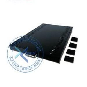 Estante deslizable negro para 45,5 kg/100 libras. Estante deslizable que permite el montaje de unidades en torre, monitores y otros equipos en entornos de rack.