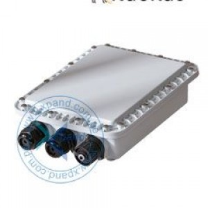 Convertidor de fibra óptica Ruckus P01-0300-0000, para AP serie T300/T301. El soporte de montaje se integra perfectamente en la unidad ZoneFlex existente mientras se monta el nodo de fibra en